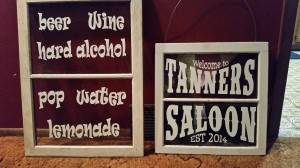 Bar Menu - Saloon SIgn